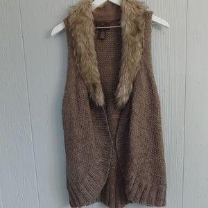 Fenn Wright Manson Sleeveless Circle Sweater